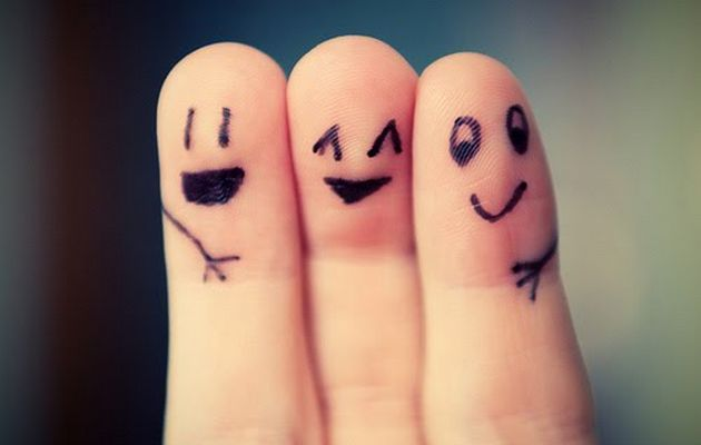 Three-Best-Friends-Fingers-Art