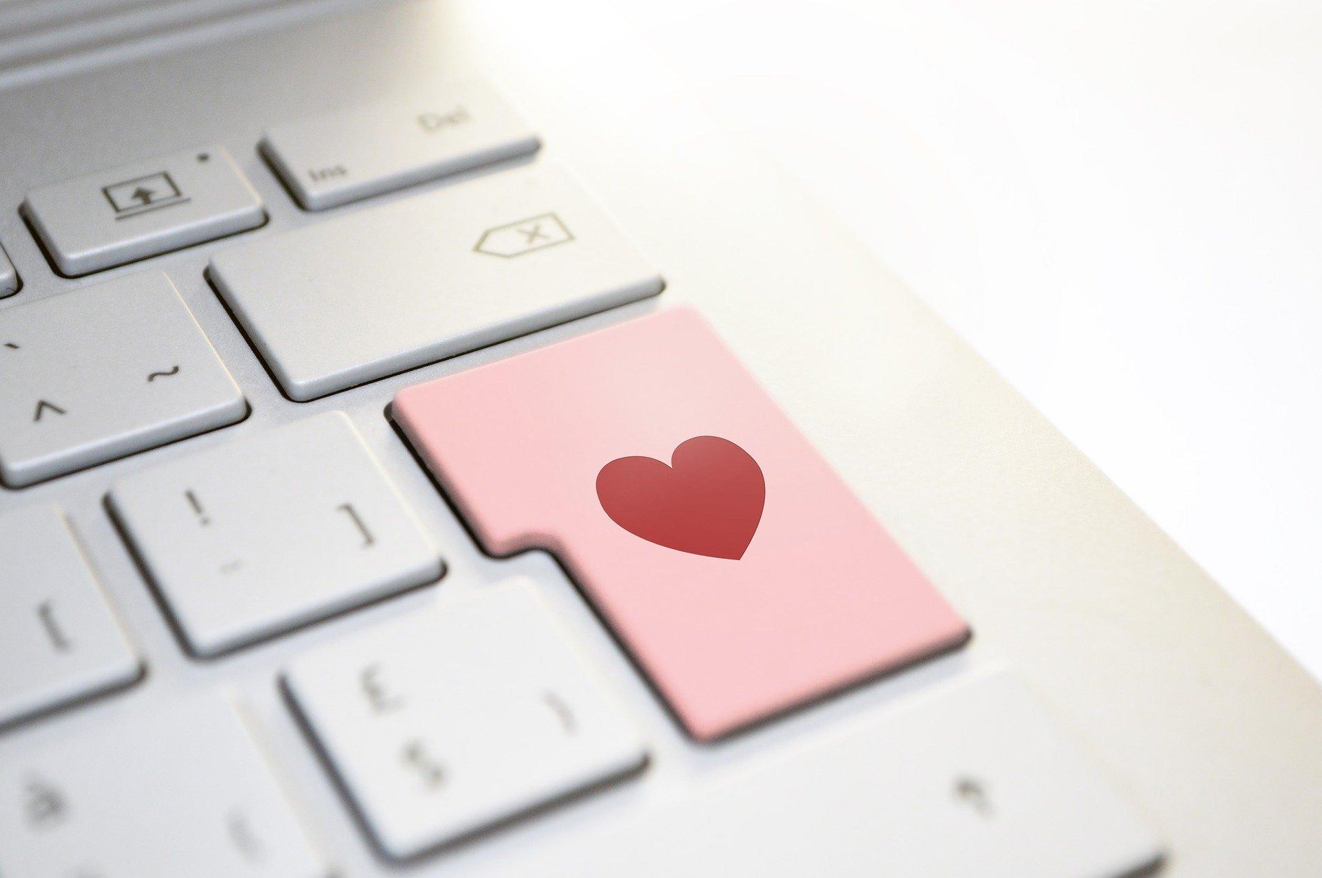 heart-3698156_1920